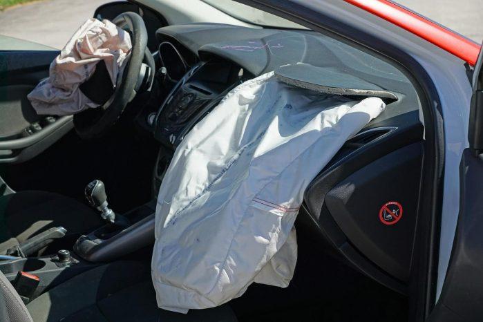 Autoschade En Contra Expertise CarTax